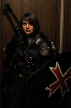 I look good in leather (armor) by britt--