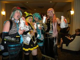 Vocaloids at McDonalds by Dressagefreak