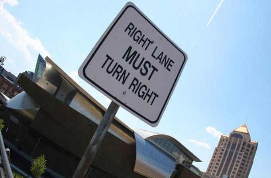 MUST Turn Right by DreAminginDigITal