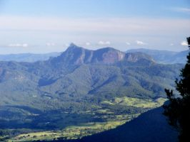Mt Warning from Lamington by Dontheunsane