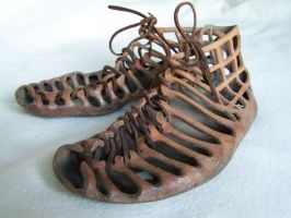 Roman shoes by Dishtwiner