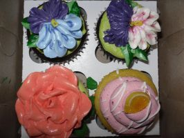 To pretty to eat! by MariahBlossom