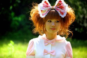 Lolita - Mee-Yong by paperplane-products