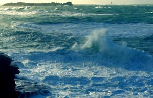 Sea after the storm... by Stolvezen