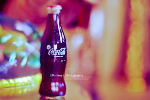 Cola . . by ElAinawya