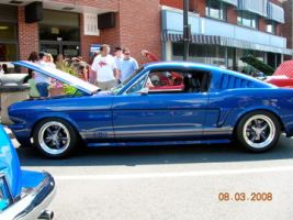 Mustang by lighthousegraphics