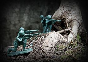 Toy soldiers by RoryCoreII