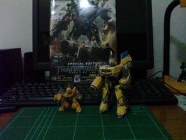 bee illo papercraft by andry2fast