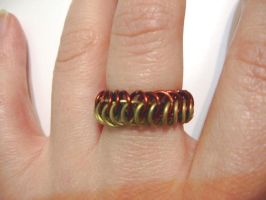 Another chainmail ring by Tannalein