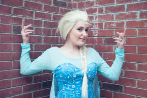 Elsa - Let the Storm Rage On by Nyxiie