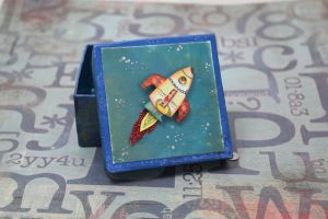 Space ship box by sillysarasue