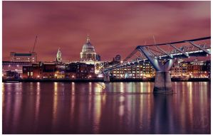 Millenium Bridge by nmdelgado