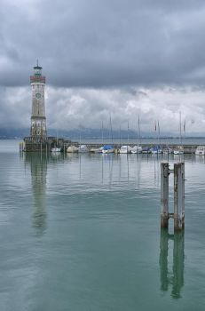 The Lindau Lighthouse by thougrey