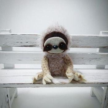 Sloth Amigurumi by AnyaZoe