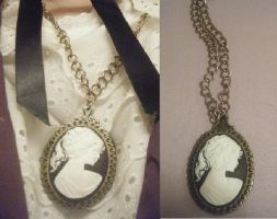 Shilo's Cameo Necklace by antic-cafe