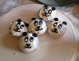 Panda Cupcakes by Songwind