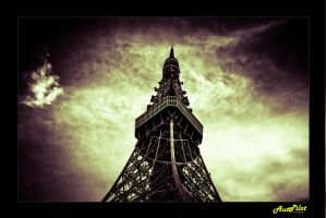 Tokyo Tower by Gimintron