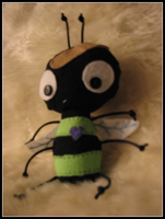 :: bee :: by LaughingSquid