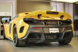 Yellow 675LT Spyder by SeanTheCarSpotter