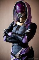 Tali'zorah vas Normandy by idleambition