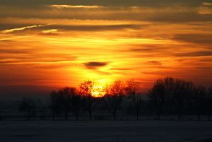 Winter sunrise by QmP3L