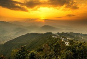 Sarangkot Sunrise by cwaddell