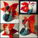 Needle Felted Volcarona by d215lab