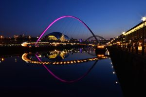 Tonight on the River Tyne by roodpa