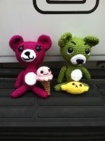 Sweet and Sour bears with mascots by Yarnigurumi