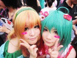 Ranka and Sheryl by H-I-T-O-M-I