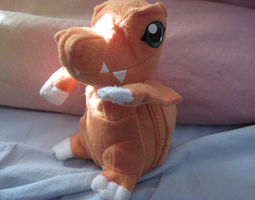 Another Agumon plushie. by PipecleanerFTW