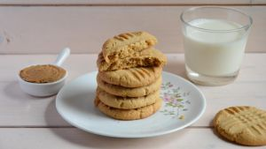 Peanut Butter Cookies (2/2) by ClaraLG