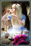 Tea Party Alice by clefchan