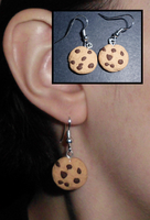 Chocolate Chip Cookie Earrings by UniqueTreats