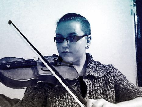 Violin by Cocoapelt