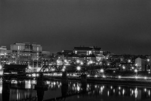 BW0018N017 - 15 Minutes in Knoxville by williamfahrnbach