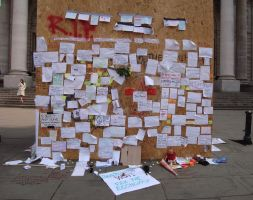 Messages left outside BoE by JohnnySix