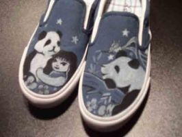 Panda Shoes by johneboi