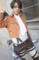Shingeki no Kyojin - Levi cosplay 02 by Lehanan