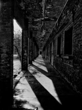 one point perspective, black and white colour,mobi by zaharaesha