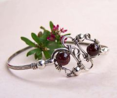 Purity Bangle garnet silver by CreativityJewellery