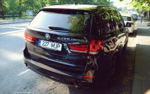 BMW X5 M550d by ShadowPhotography