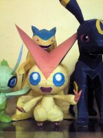 Victini Papercraft 1 by riolushinx