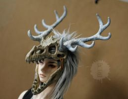 commission: ice dragon skull headdress by hikigane