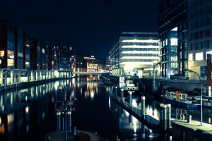 Hamburg Nightlife by AwesomeMediaGroup