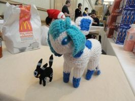Tiny Umbreon and Normal Glaceon Amigurumi! by F1SH13