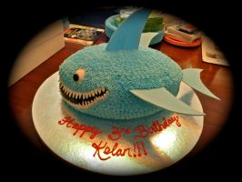 shark cake by pinkshoegirl