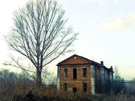 abandoned house by red-shuhart