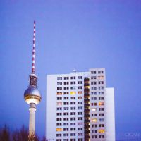 TV tower / Fernsehturm by sican