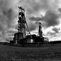 Clipstone Colliery by chriseastmids